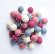 Felt Berry Bubble Ball Garland 2m